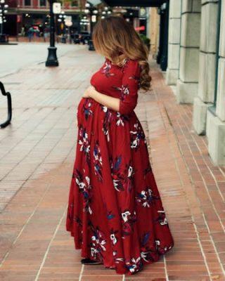 Kırmızı uzun çiçekli hamile elbisesi