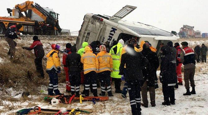 Kırşehirde Kaza : 9 Ölü